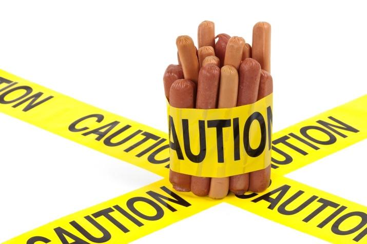 Pølser og burgere øker risiko for svangerskapdiabetes
