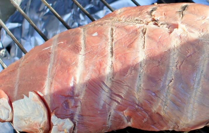 Å spise mer rødt kjøtt som barn kan føre til tidligere pubertet.